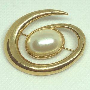 Monet gold tone faux pearl swirl pin brooch